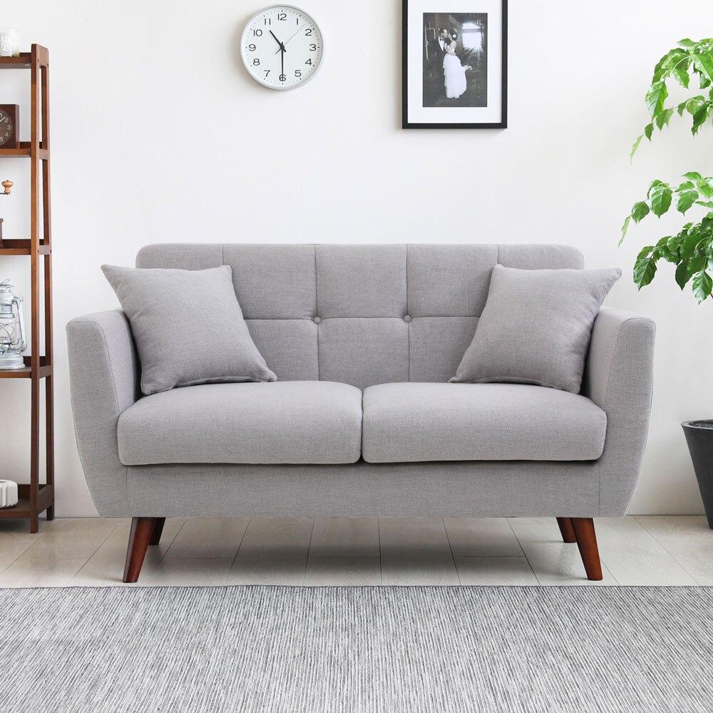 打造優質居家都會氛圍蓬柔背靠,舒適體驗舒適的大面積椅座設計