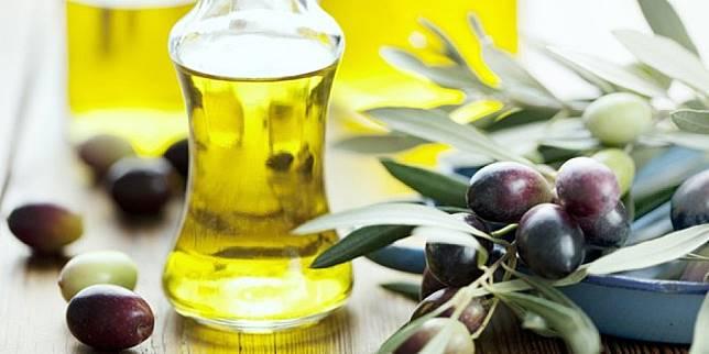 4 Manfaat Minyak Zaitun untuk Kecantikan yang Jarang Diketahui Banyak Orang!