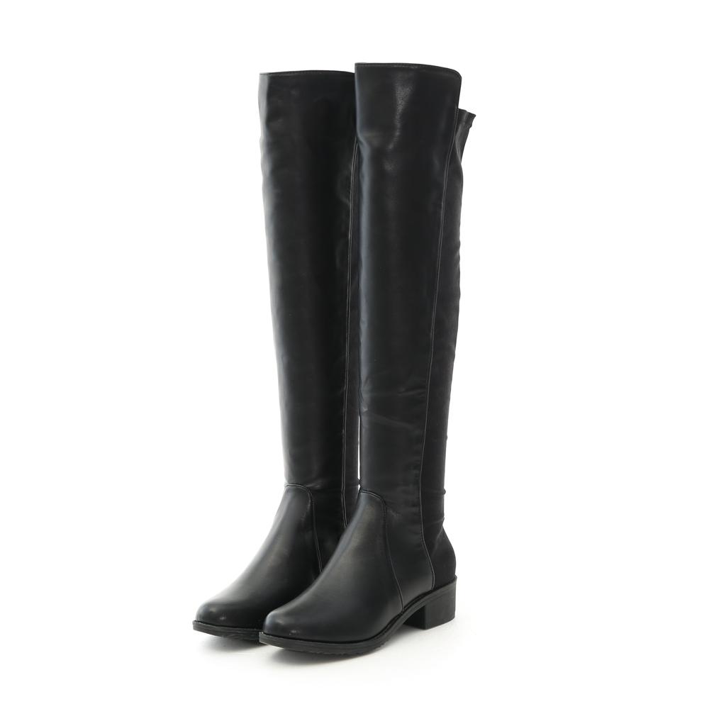 美腳效果超棒的人氣長靴登場! 精選高質感進口彈力布料拼接 整體看起來簡單卻又有設計感~ 流暢的合身長筒曲線讓顯瘦感大提升 柔軟舒適的舖毛內裡,貼心呵護妳的雙腳 舒適厚度的加厚鞋底,提高穿著時的穩定性