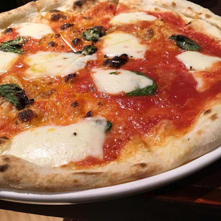 新宿区周辺で多くのユーザーに人気が高いピザ俺のイタリアン 歌舞伎町店のマルゲリータの写真