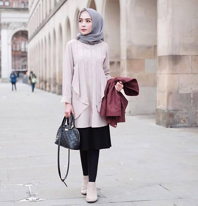 7 Inspirasi Mix and Match Hijab Warna Abu-abu yang Bisa Dipakai ...