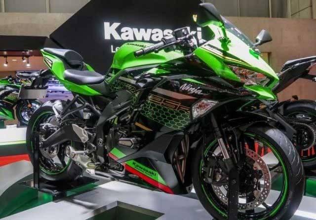 Mulai Minggu Depan Kawasaki Ninja ZX-25R Sudah Bisa Dipesan