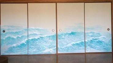 日本老爸無聊在門上畫出一手好壁畫 兒子準備好要泛舟了嗎?