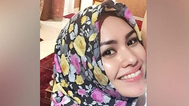 Keputusan Kartika Putri hanya berselang beberapa minggu setelah presenter Fenita Arie dan pedangdut Cinta Penelope memutuskan memakai hijab.Instagram.com/@Kartikaputriworld