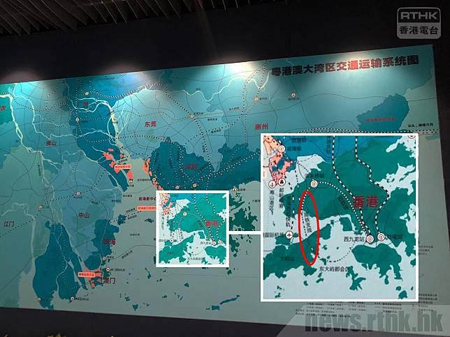 一條名為「高鐵支綫」的跨境鐵路,由深圳前海站,經過屯門、大嶼山,直通正計劃填海的東大嶼都會。(本台記者攝)