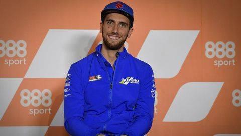 Alex Rins enggan memberikan saran kepada Valentino Rossi di MotoGP 2021. (Dorna Sports)