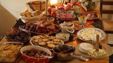 聖誕節賣場必買清單!好市多Costco烤雞、家樂福蛋糕  5分鐘擺盤秒變晚宴