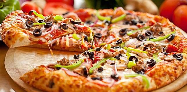 Sudah Pernah Makan 7 Pizza Terenak Di Surabaya Ini