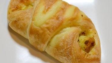 炒麵三文治包的變奏:竹輪牛角包