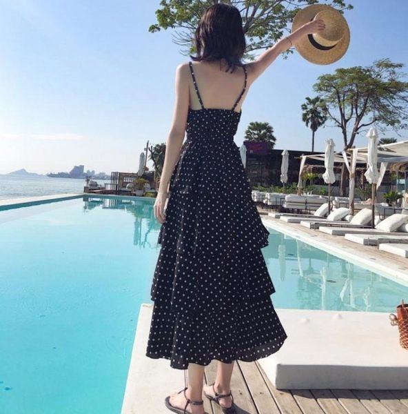 蛋糕裙 chic波點露背蛋糕裙過膝泰國旅游度假長裙修身顯瘦v領吊帶連衣裙
