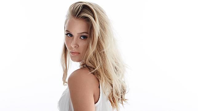 Zara-Larsson
