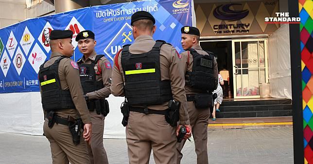 ตำรวจรู้ตัวผู้ก่อเหตุยิงกลางห้างเซ็นจูรี่แล้ว อยู่ระหว่างเร่งติดตามจับกุม คาดเกิดจากปัญหาส่วนตัว