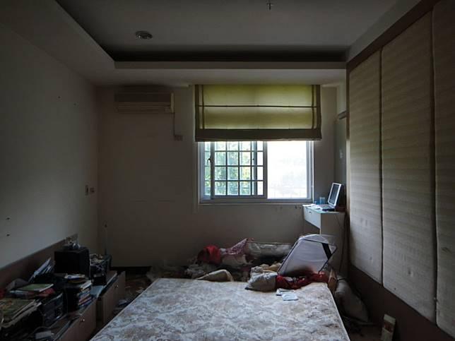 臥室翻新實例五: 改造前