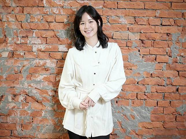 袁子芸放棄在美國穩定的工作機會,決心在台灣闖演藝星河。(粘耿豪攝)