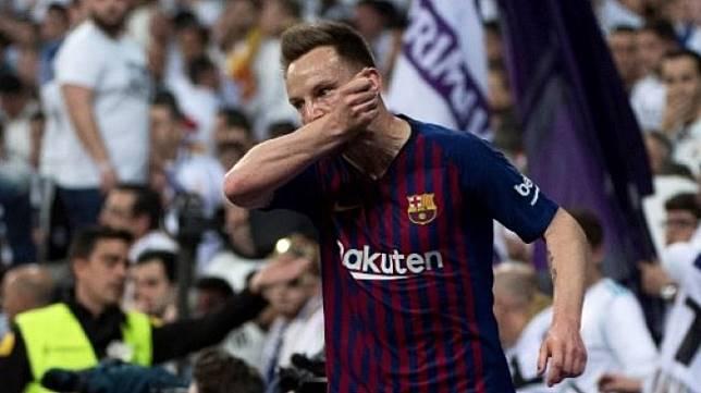 Ivan Rakitic Masih Ingin Bertahan di Barcelona