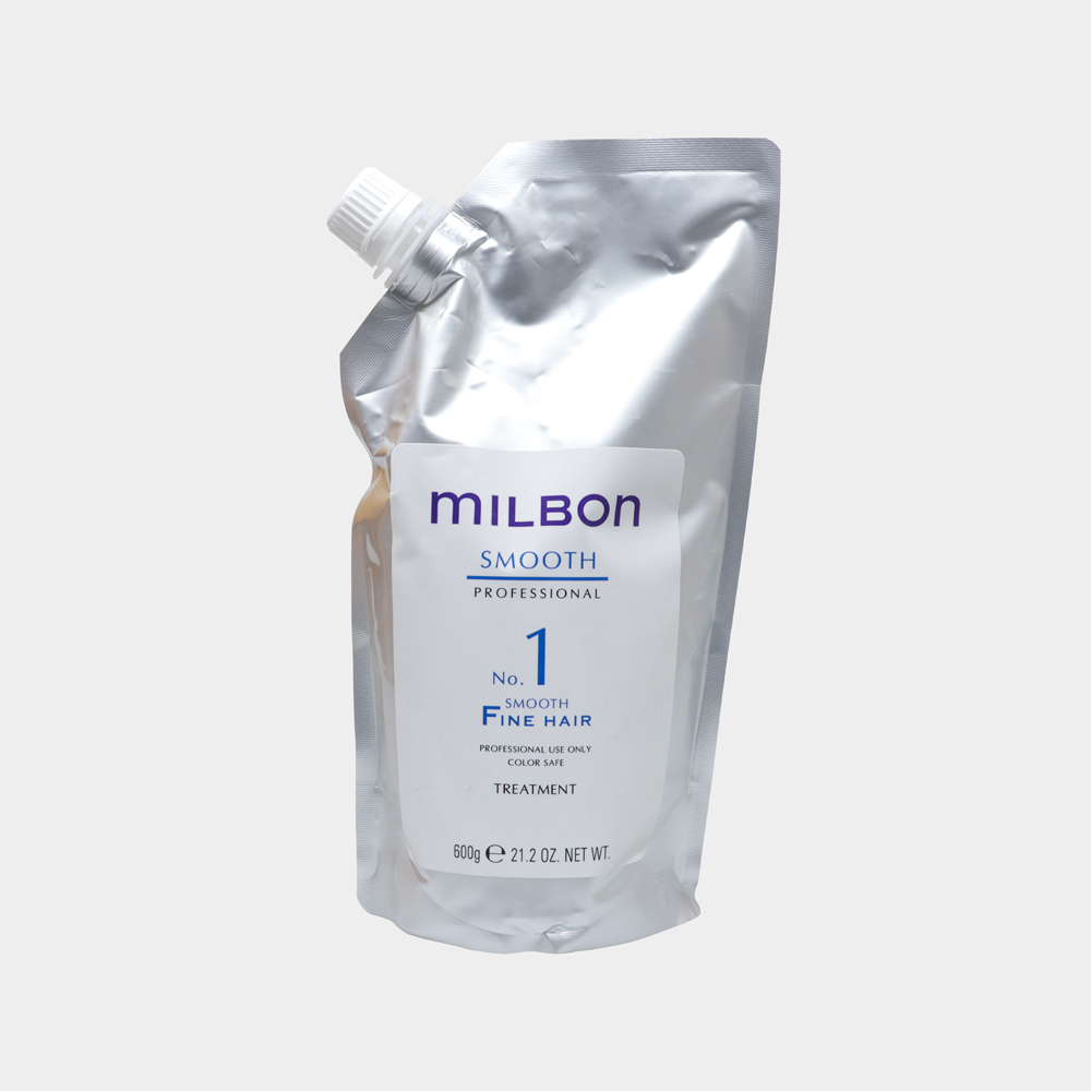 針對糾結粗糙髮設計,增添光澤滑順。⠀ 以模擬鱗片包覆表面,長久維持效果。 賦予蘋果、鈴蘭、茉莉、麝香等氣息。