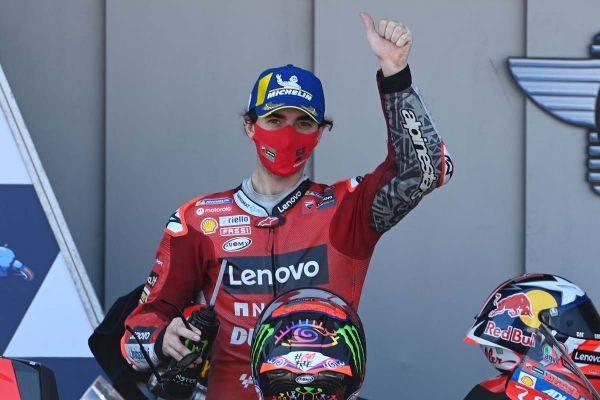Pembalap tim Ducati, Francesco Bagnaia kini memimpin klasemen pembalap MotoGP setelah finis di posisi dua MotoGP Spanyol, Minggu (2/5).