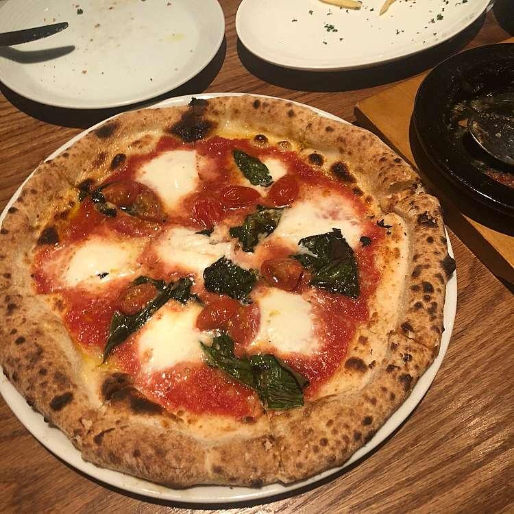 ユーザーが投稿したマルゲリータDOC(Pizza)の写真 - 実際訪問したユーザーが直接撮影して投稿した歌舞伎町イタリアンタヴェルナウオキン 歌舞伎町の写真