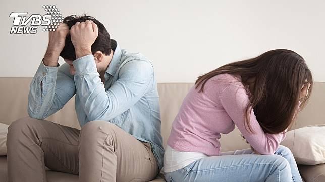 夫妻之間常常為了是否要和公婆同住而起爭執。(示意圖/TVBS)