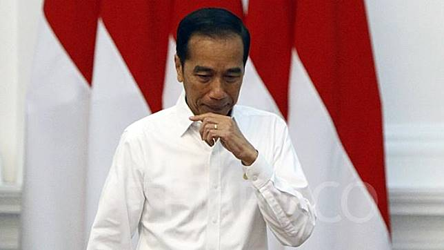 President Joko Widodo or Jokowi welcomed the visit of People's Consultative Assembly (MPR) Speaker at the State Palace on Wednesday, October 16, 2019. MPR chairman delivered invitation of presidential and vice-presidential inauguration slated to be held on October 20. TEMPO/Subekti.