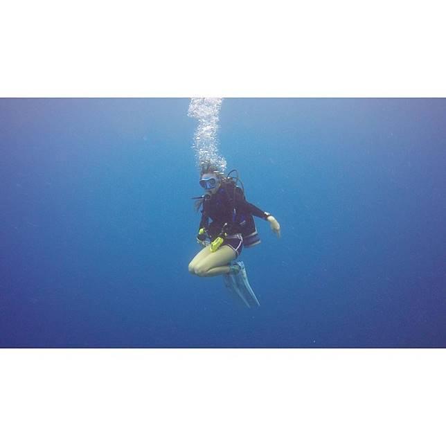 余思霆好鍾意海底世界。