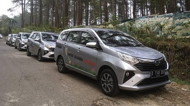 New Astra Daihatsu Sigra di Orchid Forest, Cikole, Lembang, Bandung [Suara.com/ukirsari].