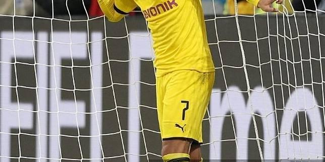 "Jadon Sancho ""Konfirmasi"" Pindah ke Manchester United"