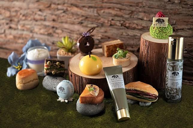 隨下午茶會附送Best of Origins禮品(價值:HK$475),當中包括悅肌再生逆齡抗皺護膚品套裝一份、20分鐘面部護理服務等。