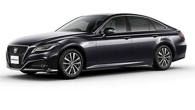 Mobil Dinas Menteri Baru jenis Toyota Crown 2.5 HV G-Executive