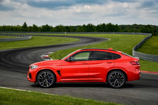 P90353501_highRes_the-all-new-bmw-x4-m.jpg