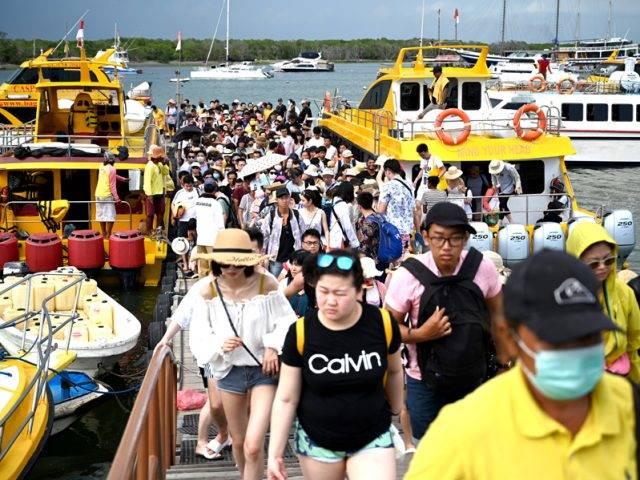 Khawatir Tertular Virus Korona, Warga Sumbar Tolak Turis Tiongkok