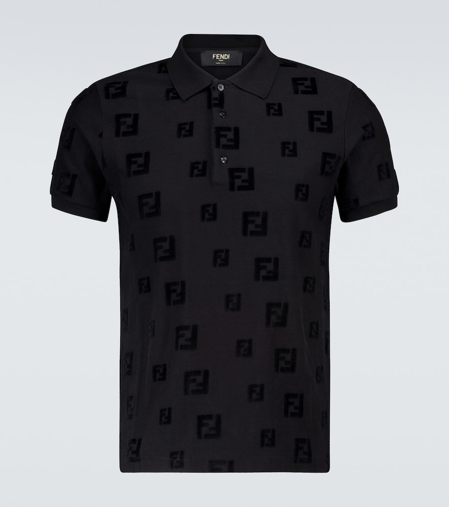 Italian-made in a technical cotton blend, this all-black polo shirt from Fendi features an all-over