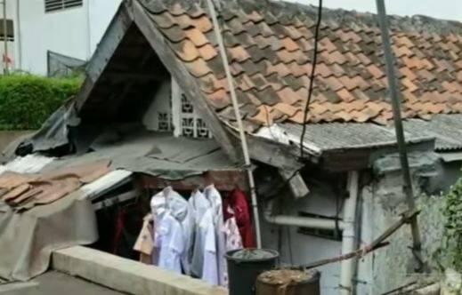 Viral Rumah Tua Nyempil di Tengah Apartemen Mewah, Pemilik Tolak Rp3 Miliar untuk Pindah