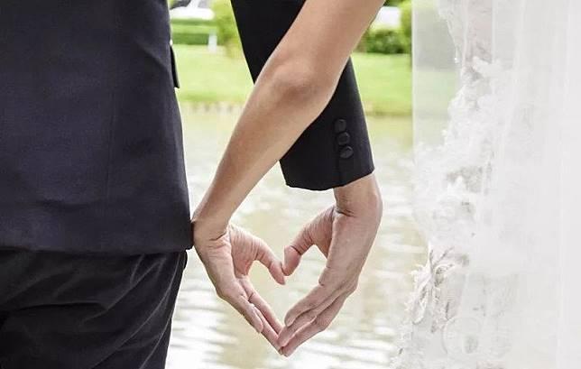 Curhat Siska, Nekat Menikah Dini Tanpa Restu orangtua