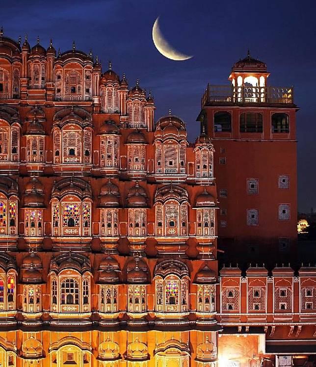 Istana Hawa Mahal untuk melindungi para putri istana. Foto: Ritesh Gupta/Atlas Obscura
