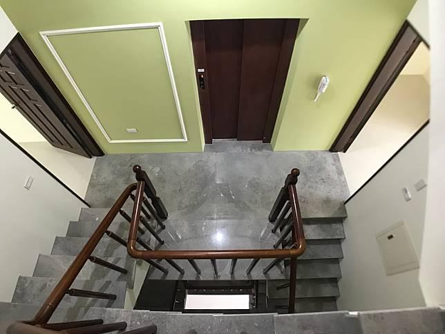 三樓樓梯間