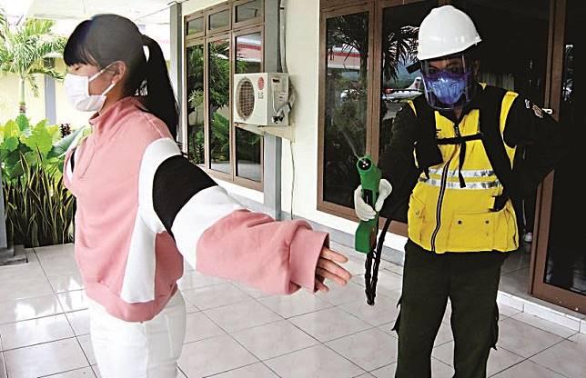 7 Pasien Baru Positif Korona Tak Terdeteksi di Bandara