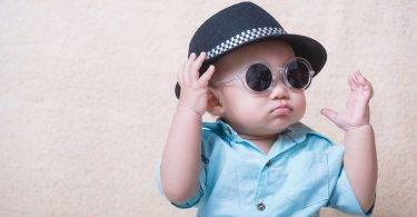 孩子比大人更需要戴「太陽眼鏡」!那該如何幫孩子選購呢?