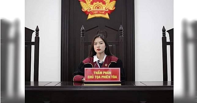 「正妹法官」仙氣照外流 網暴動:願意接受她審判