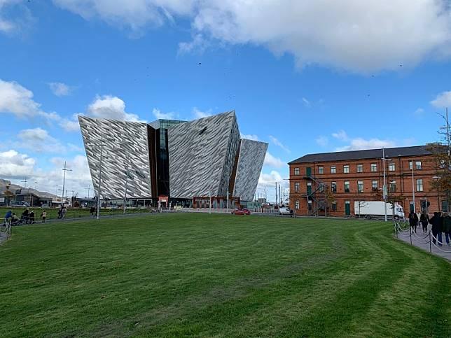 Belfast Visitor Pass可用於Titanic Belfast博物館等景點,享用減費或折扣優惠,十分抵玩!(互聯網)