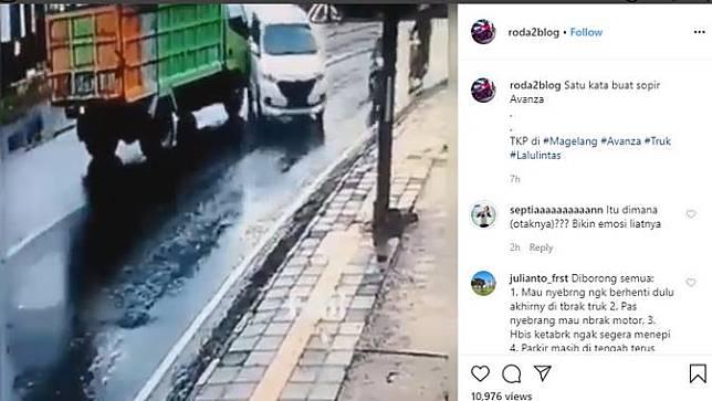 Terekam kamera CCTV (Closed-circuit television), kecelakaan yang disebabkan lalainya pengemudi kembali terjadi. Seperti dilansir akun Instagram @roda2blog, sebuah Toyota Avanza menjadi penyebab dua kecelakaan di jalan.