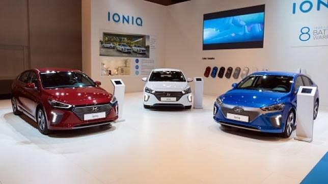Mobil listrik Hyundai Ioniq dipamerkan di Brussels, Belgia pada Januari 2018. [Shutterstock]