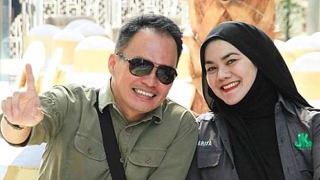 Sarita dan Faisal Harris