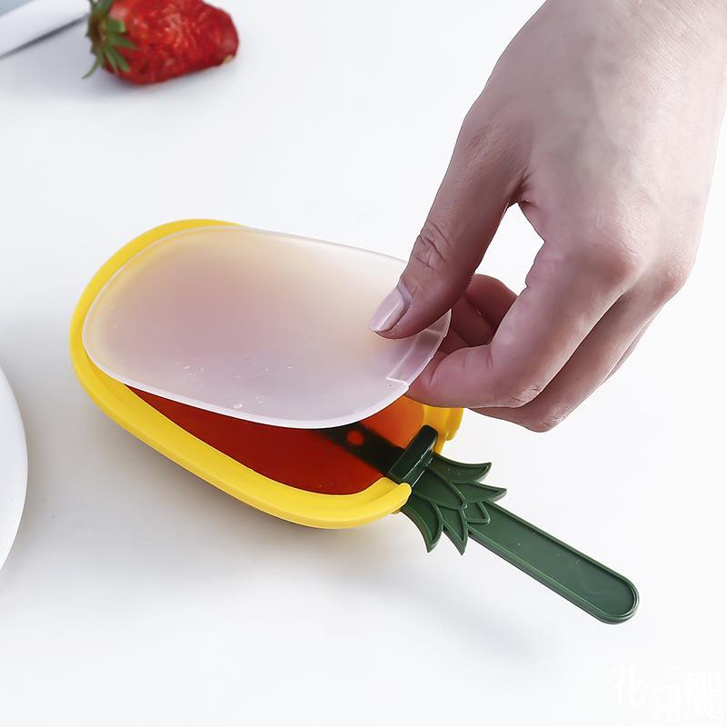 涼夏 DIY水果造型冰棒模具【JoWoJJ】 四款(草莓、冰淇淋、葡萄、鳳梨) 自製雪糕冰棒 製冰模型