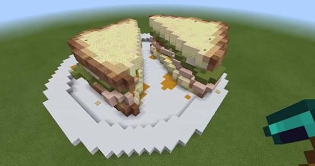 《Minecraft》創世神蓋出三明治公寓🥪,《絕地要塞2》萬千玩家按讚狂推