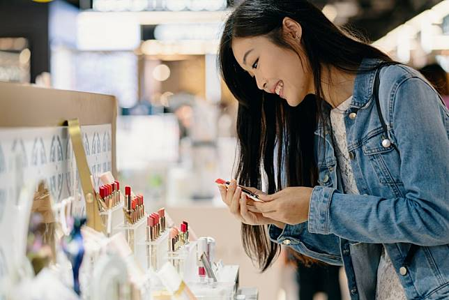 6 luxury beauty industry trends to watch in Asia-Pacific