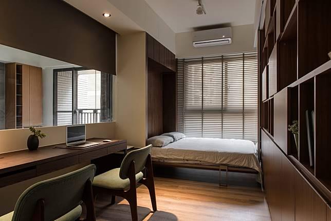 1. 小空間必備的伸縮床頭牆
