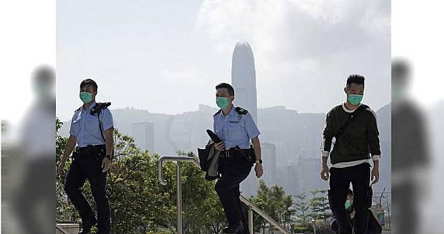 香港防暴警貪燒鵝!發燒還去餐會…確診新冠肺炎 59警GG了