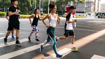 官方新聞 / 雷艾美跑步除了配戴 Reebok 裝備 還有三個暖身秘訣