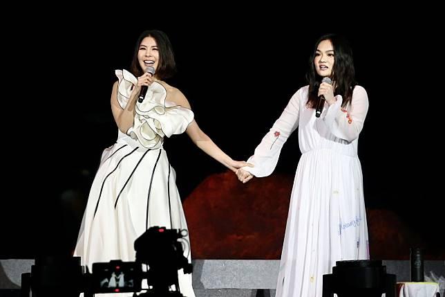 許茹芸(左)自認老公和徐佳瑩的老公是同個類型。記者林伯東/攝影